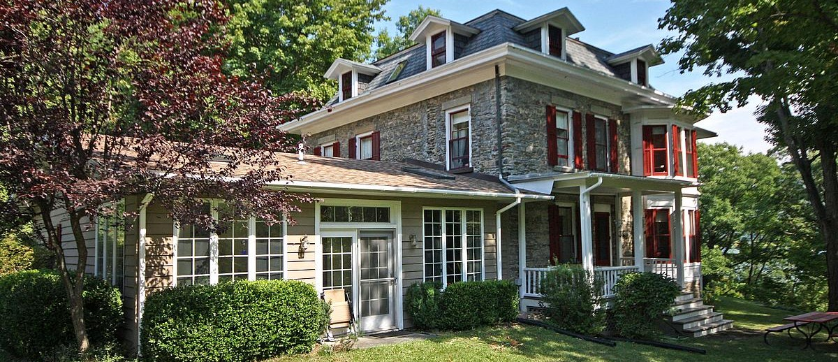 Gone With The Wind Bed And Breakfast Keuka Lake